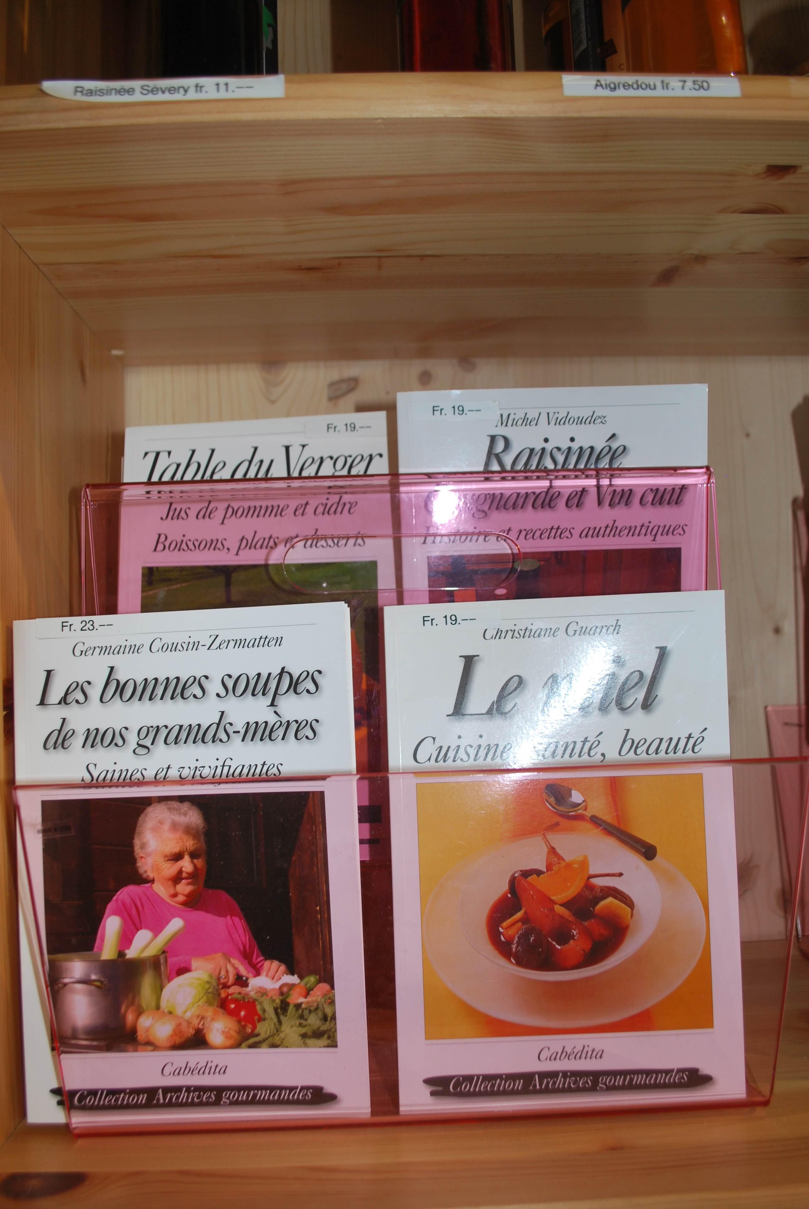 regionalfoodcookbooksaiglejpg