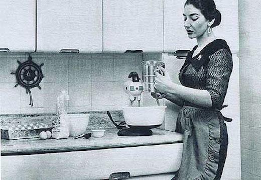 Maria Callas in the kitchen